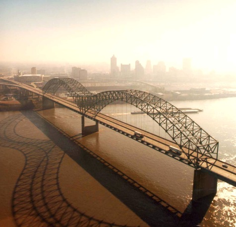 Hernando de Soto Bridge in Memphis, Tennessee