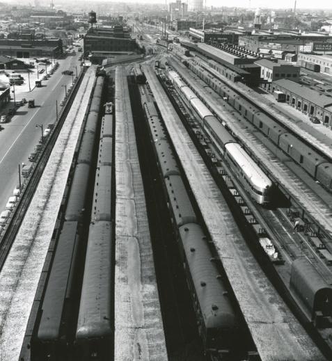 memphis-train-centsta-overhead-s